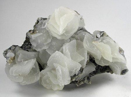 камень кальцит мистические и лечебные свойства