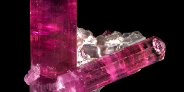 Камень рубеллит: фото, магические и лечебные свойства, кому подходит